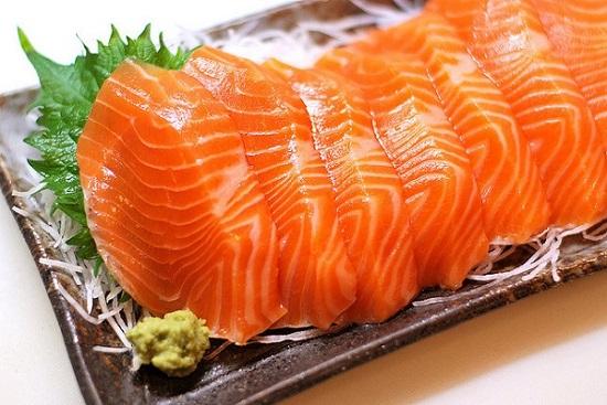 Thực phẩm ngừa ung thư vú cá hồii