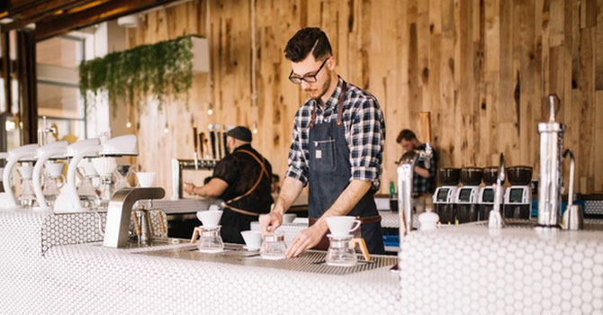 """""""Chỉ bán cà phê"""" - một trong những sai lầm kinh điển khiến các startup cà phê thất bại thảm hại"""