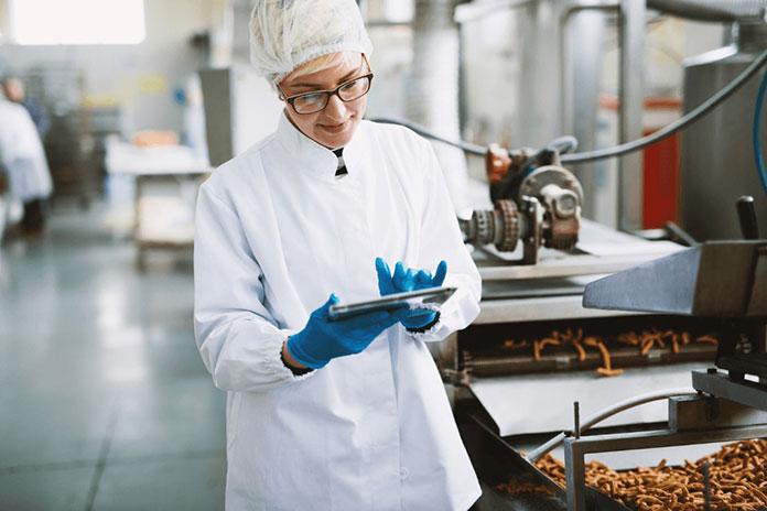 Bộ phận QA QC là không thể thiếu trong ngành sản xuất thực phẩm