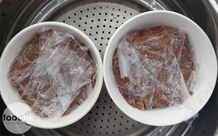 """Chúng ta hoàn toàn chế biến pate chay tại nhà để tốt cho sức khỏe hơn bằng cách sử dụng các nguyên liệu """"thuần chay"""" như nấm và đậu"""