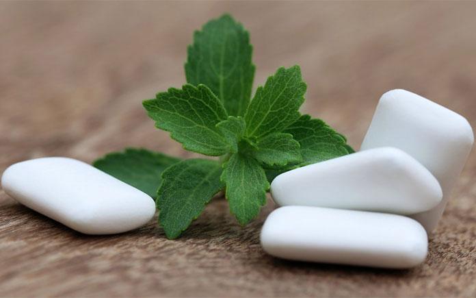 Kẹo cao su hiện nay được sản xuất trong các nhà máy hiện đại, được biệt hoá thành những dòng kẹo ăn có tác dụng tốt đến răng miệng. Chúng ta
