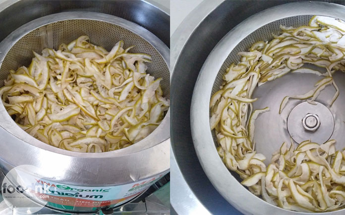 Vỏ bưởi hay nhiều loại vỏ trái cây khác đều có thể tận dụng làm nguyên liệu để chế biến thành những sản phẩm mứt sấy dẻo thơm ngon bắt mắt.