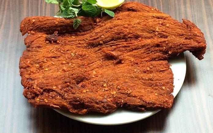 Khô bò là món ăn khoái khẩu của nhiều người Việt Nam. Bài viết dưới đây Foodnk sẽ cùng bạn tìm hiểu về khô bò và máy sấy khô bò nhé.