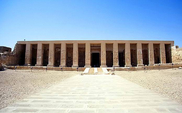 Một nhà máy bia cách đây hơn 5.000 năm đã được khai quật ở miền nam Ai Cập hôm 13/2, đây có thể là nhà máy bia lâu đời nhất được biết đến