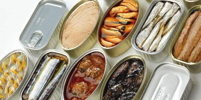 Đồ hộp thực phẩm là một ngành đa dạng, nhiều loại, nhiều sản phẩm với nhiều nguồn nguyên liệu khác nhau: từ rau, quả, thịt, cá, tôm, cua, sữa