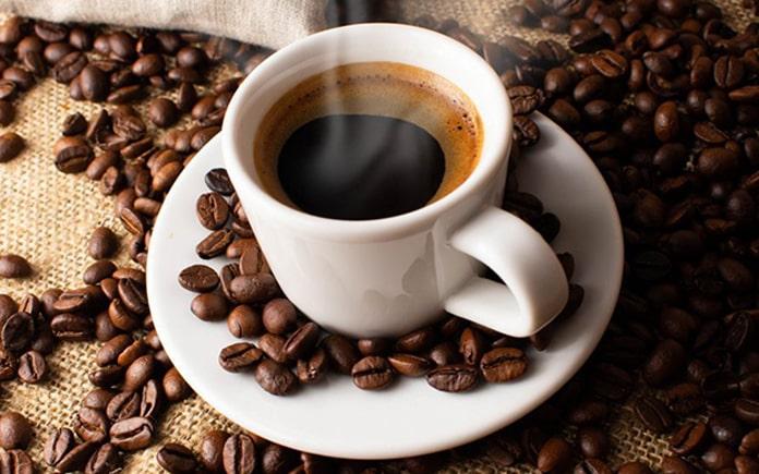 Thường khi bạn nhìn xuống ly cà phê sẽ thấy một lớp bọt khí nổi lên trên mặt. Vậy lớp bọt khí đó là gì? Hãy cũng Foodnk tìm hiểu bài viết...