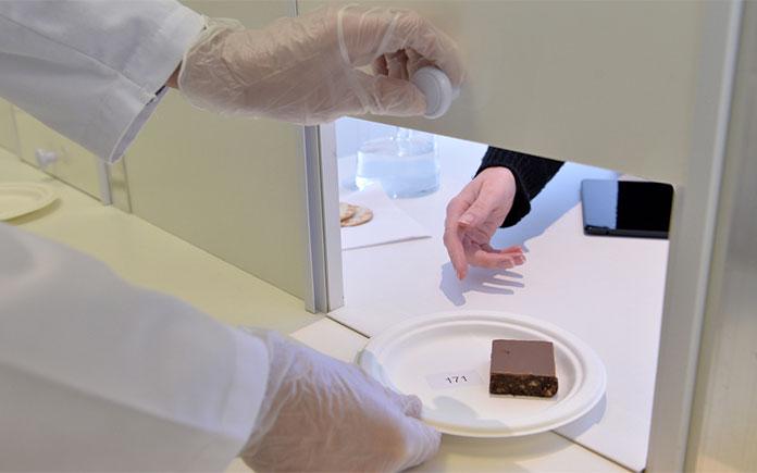 Chúng ta đã tìm hiểu qua các yếu tố kỹ thuật: tính chất hoá học, tính chất vật lý, vi sinh trong kiểm soát chất lượng của quá trình sản xuất