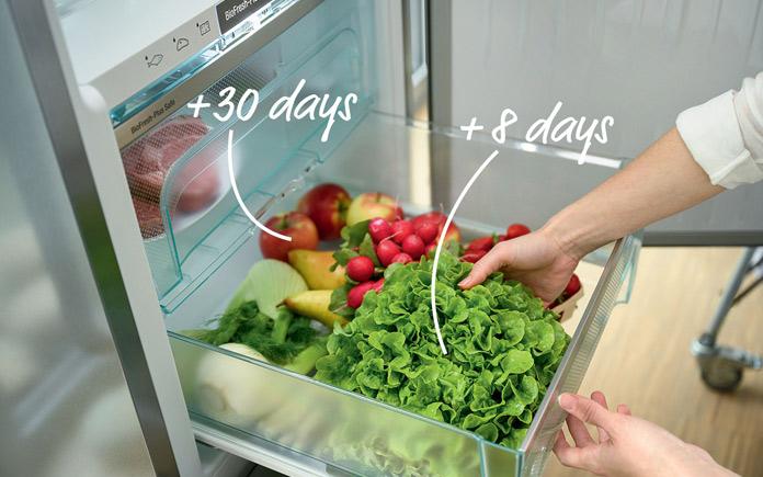Thời gian giãn cách dài và hạn chế đi lại mua thực phẩm hàng ngày, là 2 nguyên nhân khiến bạn phải nghĩ cách để bảo quản rau củ tươi lâu...